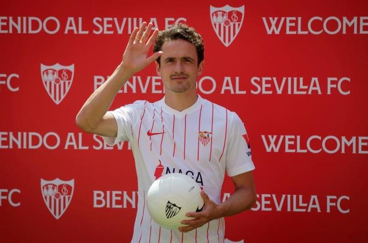 Delaney espera jugar más con el Sevilla. EFE