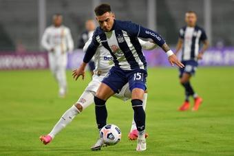 Talleres se impuso por 2-0 ante Estudiantes. EFE
