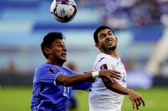 El Salvador y Honduras mantienen sus respectivas sendas del empate. EFE