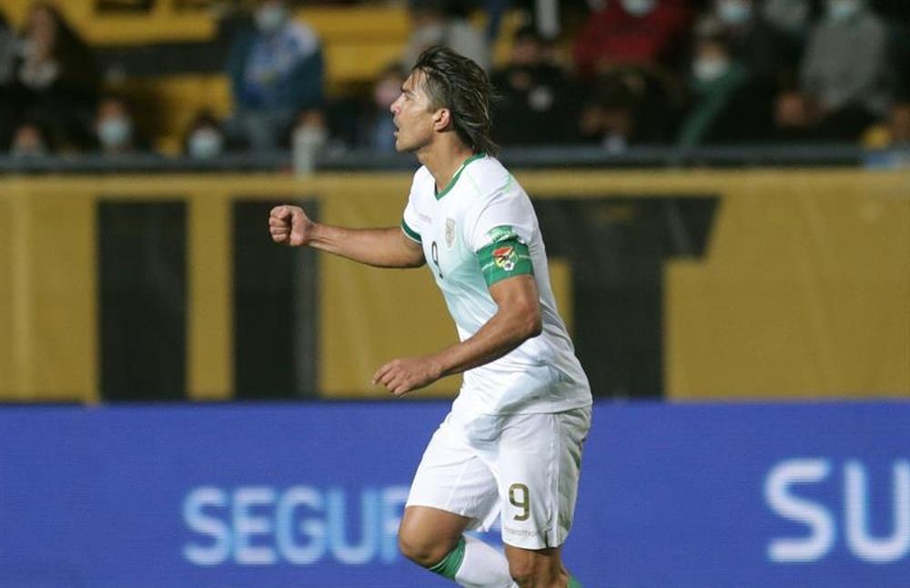 Marcelo Martins cambiaría sus dos goles ante Uruguay por los tres puntos. EFE