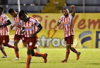 Así se presenta la Jornada 9 del Apertura de Honduras. EFE/José Valle
