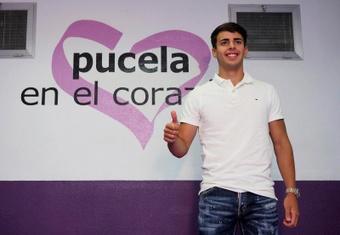 Álvaro Aguado encuentra su sitio en el Real Valladolid. EFE