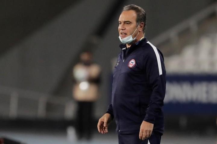 Nicolás Díaz sustituyó a Eugenio Mena de cara a las eliminatorias del Mundial. EFE