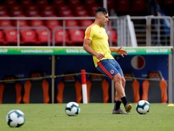 Falcao lidera a Colombia; James sigue fuera. EFE