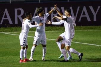 Saprissa venció 4-2 a Santa Lucía y avanzó a los cuartos de la Liga CONCACAF. EFE