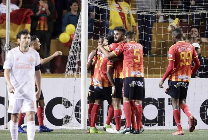 Herediano venció 2-1 a Deportivo Saprissa. EFE