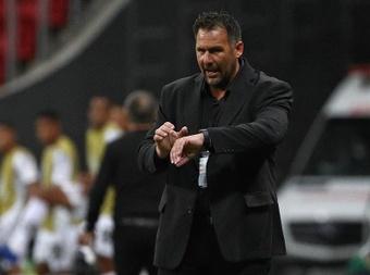 Diego Dabove dejó de ser entrenador de Bahía. EFE