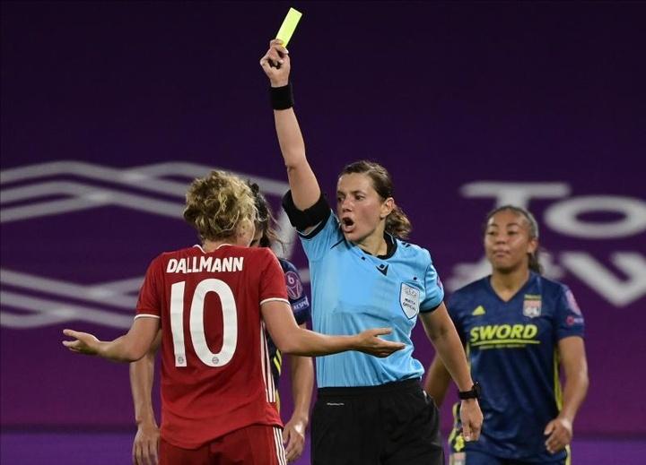 La ucraniana Monzul encabeza el equipo arbitral femenino para el Andorra-Inglaterra. EFE