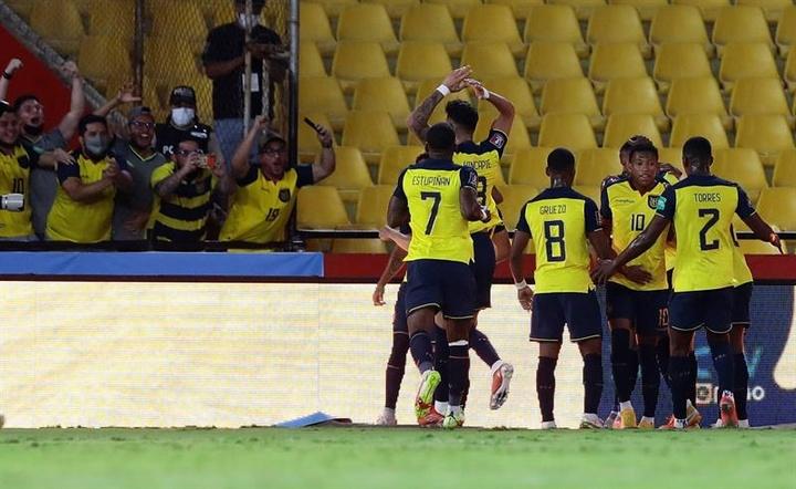 Ecuador venció 3-0 a Bolivia. EFE