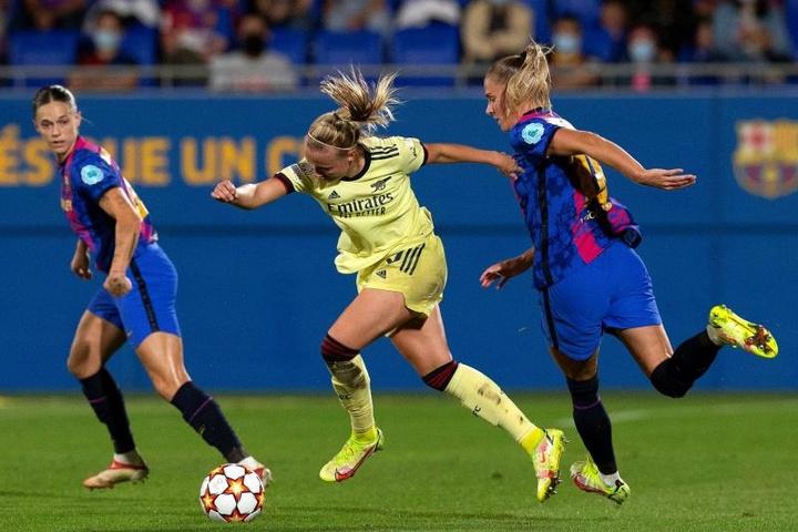 DAZN quiere apostar por la Champions Femenina. EFE