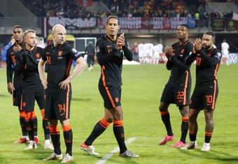 Países Bajos cumple sin brillo. EFE