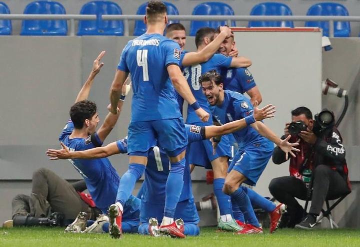 El añadido mantiene el sueño griego del Mundial. EFE