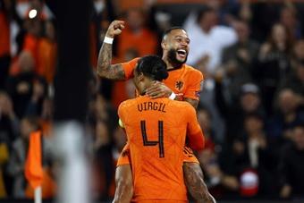 Países Bajos venció a Gibraltar con una goleada por 6-0. EFE