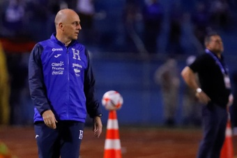 Honduras y Jamaica por su primer triunfo en las eliminatorias de la CONCACAF. EFE