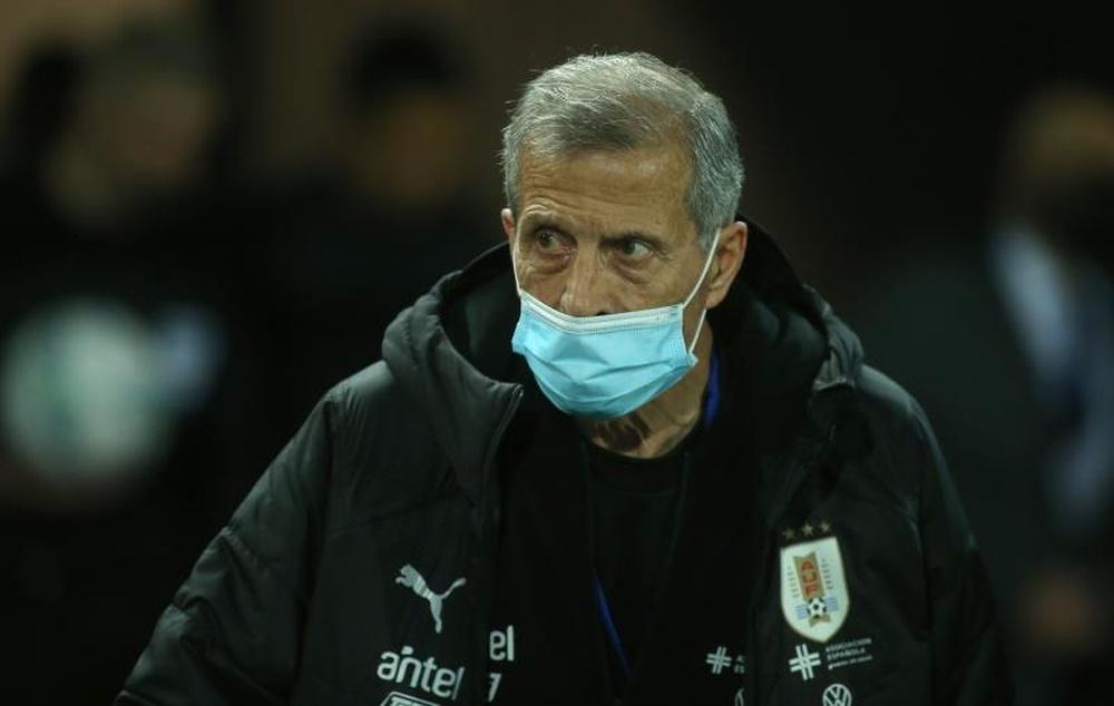 Tabárez afirmó que Uruguay se medirá a una Brasil que dará todo. EFE