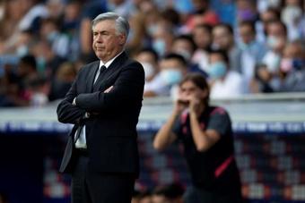 Carlo Ancelotti mira a la Champions y al 'Clásico' con dudas. EFE/Archivo