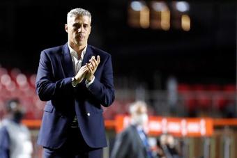 Hernán Crespo fue cesado como entrenador de Sao Paulo. EFE/Archivo