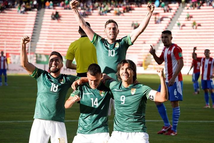 Bolivia venció por 4-0 a Paraguay en La Paz. EFE