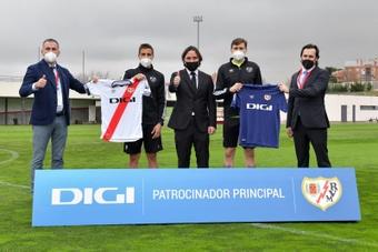 Digi conquista la Liga con el Rayo y el Espanyol. EFE