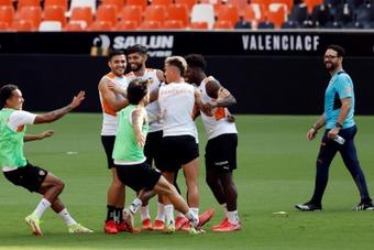 Musah ya está de vuelta y apunta al Barça. EFE