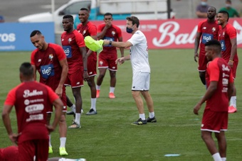 Panamá se aferra a su plan A en las eliminatorias de la CONCACAF hacia Catar. EFE