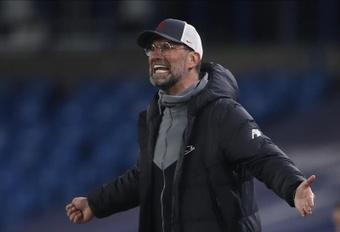 Thiago apunta a baja para Jürgen Klopp. EFE