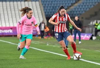 El fútbol femenino no quiere ir a la huelga y pide un acuerdo. EFE