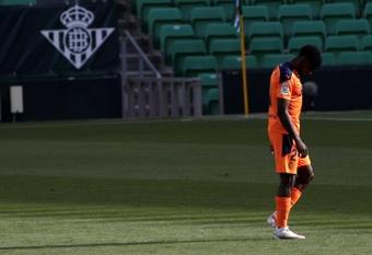 Correia mejora y ya hizo parte de la sesión con el Valencia. EFE