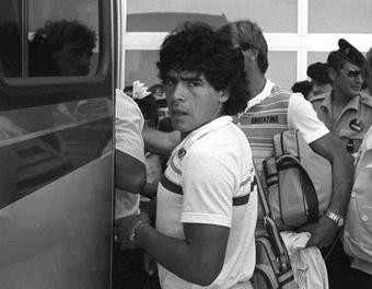 Maradona debutó en Primera División con Argentinos Juniors. EFE