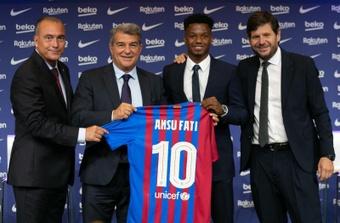 Ansu Fati tuvo ofertas para dejar el Barcelona. EFE