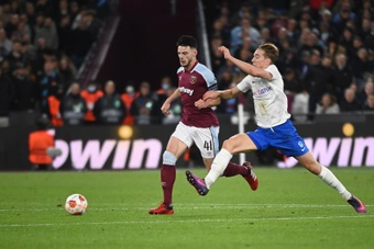 El West Ham venció 3-0 sobre el Genk. EFE