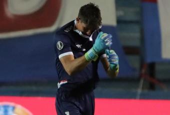 Sergio Rochet sufre una fractura en una mano. EFE