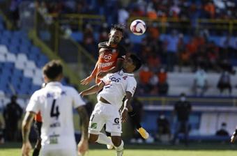 Firpo ganó 1-2 a Alianza. EFE