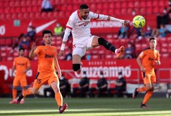 En-Nesyri no estará entre los 23 convocados del Sevilla. EFE
