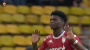 Le premier but d'Aurélien Tchouameni en Ligue 1 2021-22. dugout