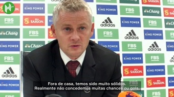 Técnico do United lamenta derrota para o Leicester no Inglês. DUGOUT