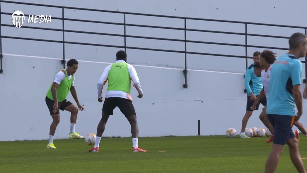 Mouctar Diakhaby a assuré qu'ils iront à Barcelone avec l'intention de gagner. Dugout