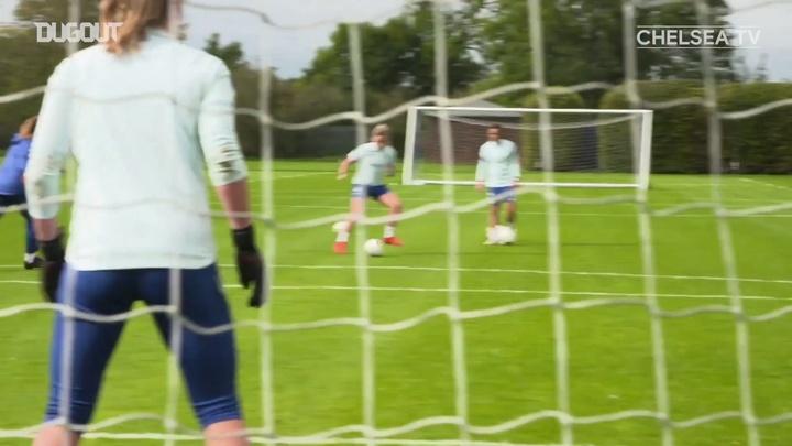Chelsea se prepara para encarar o Barça na final da Liga dos Campeões Feminina. DUGOUT