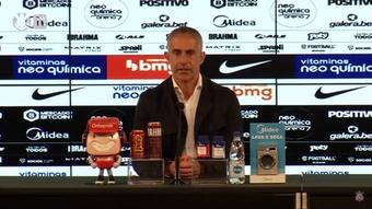 Sylvinho fala da situação física de Willian. DUGOUT
