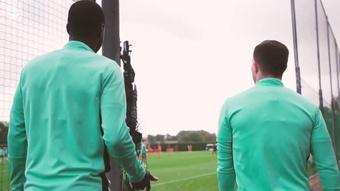 L'entrainement d'Arsenal avant Aston Villa. DUGOUT