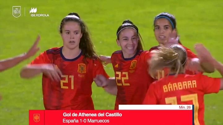 Athenea del Castillo anotó un doblete. DUGOUT