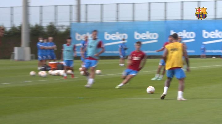 Araujo already training with Barca. DUGOUT