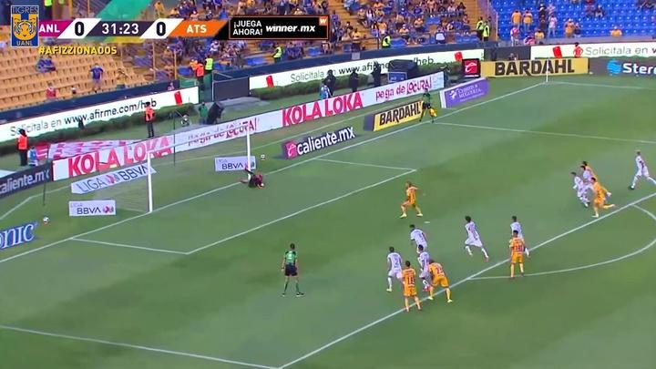 Nico López se afianzó en lo alto de la tabla de artilleros con este gol. Dugout