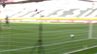 Les buts de Jonas Hofmann contre Wolfsburg. Dugout