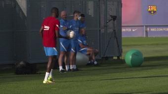 Dembélé e Agüero treinam no Barcelona. DUGOUT