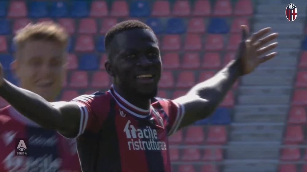 Bologna easily beat Lazio in the Italian league. DUGOUT