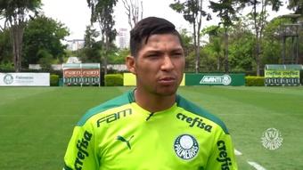 Rony comemora mais uma final de Libertadores, mas pede foco no Brasileirão. DUGOUT