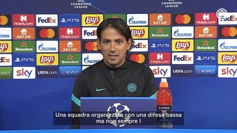 Inzaghi in conferenza. Dugout