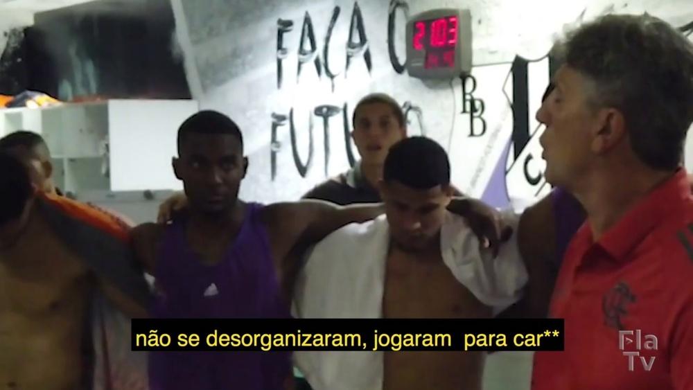Renato Gaúcho faz discurso no vestiário após vitória no Castelão. DUGOUT