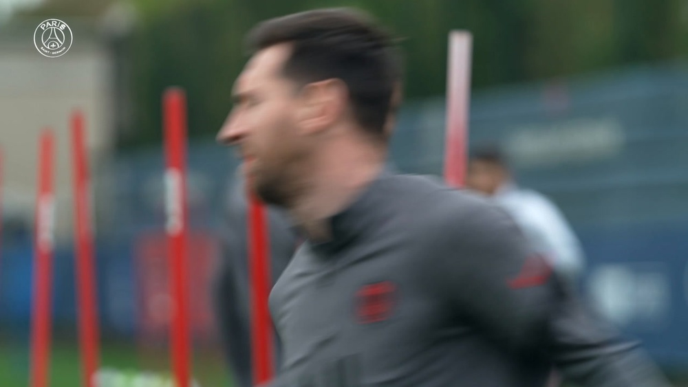 La seduta di allenamento di Messi prima del City. Dugout